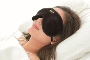 美容情報サイト「Be corde」に弊社商品「3D目もと温快アイマスク」が掲載されました。